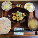 一心茶房 - 鶏肉と野菜の山椒照焼き