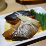 食事処 ニュー因幡 - しっかり魚の煮付け。