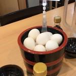 築地食堂源ちゃん 神田店 - 無料の卵かけ