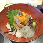 87052307 - ランチ:天然真鯛、ウニ昆布締め、白魚の爆弾丼