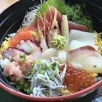 浜っこ食堂 - 海鮮丼