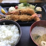 浜っこ食堂 - 海老フライ定食