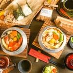銀シャリ.カフェ - 海鮮釜飯、鳥五目釜飯、竹皮弁当