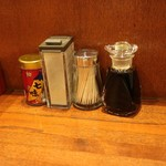 牛たん料理 閣 - カスターセットはシンプル