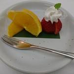 日本料理 花遊膳 - 苺 オレンジ