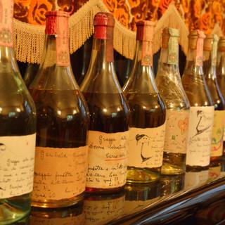 料理に寄り添い、互いの魅力を引き立てる豊富なグラスワイン