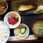 食工房とび田 - あぶらぼうず味噌漬け焼(ぶつ付)定食