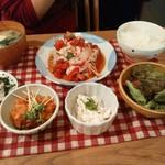 mori cafe - 芋豚ロースの冷しゃぶトマトじょうゆ、生ハムのポテトサラダ、ベーコンと大豆と新じゃがのホットサラダ
