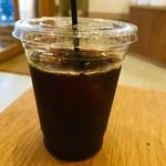 常盤珈琲焙煎所 - 本日のハンドドリップコーヒーのアイス。 ワイニースペシャルブレンド。 税込500円。 美味し。
