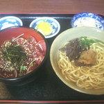 本家 亀そば - マグロの中落ち丼 (750円)