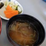 楽ちゃん - 野菜の味噌汁