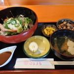 はなまる - 海鮮丼¥800