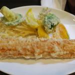 活麺富蔵 - 季節の野菜天+ちくわ天