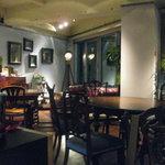 喃喃 - アンティーク家具が揃っていて、とても落ち着いた雰囲気