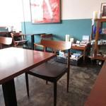 カフェ・ゾエ - テーブル席