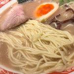 呼び戻しとんこつ 光四郎 - 基本は久留米麺。