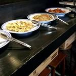 韓国料理 ウリジップ - カウンターのブュッフエ