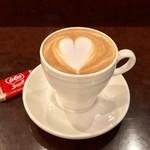 豆香洞コーヒー - ドリンク写真:カフェラテ 470円
