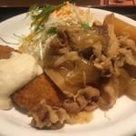 手羽一郎 - 肉じゃがと白身魚フライ、好物ばかりのメニューでした