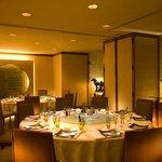 中国料理 「王朝」 - 個室は最大32名まで可能