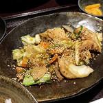 食楽酒場じばる - 豚肉と野菜のスタミナ炒め