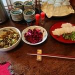 半十郎 - 料理写真:セルフ食べ放題です☆