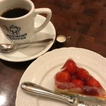 星乃珈琲店 - 苺のレアチーズケーキ 星乃ブレンド(コーヒー)