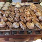 mugi - 焼きたてパンの良い香り…