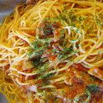 レストラン ピノ - 有機玉葱とベーコンのアラビアータ