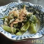 天満沢 - 山菜天ぷら(1100)、わさびのおしたし(500)、ざるそば(1枚/650円)は1人2枚が標準と言われて3人分の6枚頼む♪ わさびのおしたしもさっぱりしてナカナカ!
