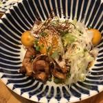 鶏焼肉東京 - ○B級鶏もつ煮480円