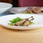 AJISAI - フランス産ウズラ肉のコンフィ