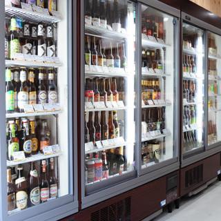 800種類以上のクラフトビールからお好みを探せちゃう!