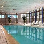 ヒルトン名古屋 - 室内プールでリゾート気分