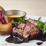 牛ハラミの鉄板焼き 雲丹のソース