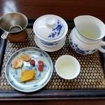 中国茶専門店 楼蘭 - 料理写真:黄山毛峰 620円
