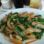 87135626 - レバーにら定食 (ご飯とスープ、たくあんが付いて¥900)
