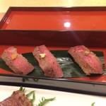 藤さわ - 三河牛の握りです。だって寿司処だから 食べないと…(^^)