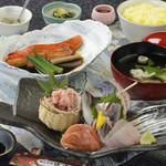 網元料理 徳造丸 - 金目鯛煮魚と刺身膳