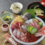 網元料理 徳造丸 - 海鮮丼