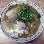 白龍 - ラーメン450円