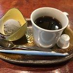 さくら - 黒ゴマアイスとコーヒー