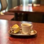 さくら - お座敷席と食後のデザートandコーヒー