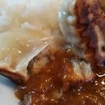 テンホウ - 餃子カレーの拡大画像です、意外にも焼き餃子とカレーは良く合うのです、うーまーいーぞー!