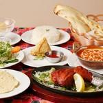 ネパール・インド料理 カトマンズ ダイニング  - スペシャルカレーディナー