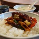 87149222 - 薄切り牛肉の黒豆味噌炒めオンザライス