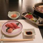 8715078 - 米沢牛すき焼きコース:まとめて提供されるのはちょっと・・・