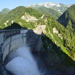 8715149 - 黒部ダム、観光放水