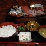 8715153 - 刺身定食(1575円)