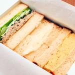 ミックスサンドイッチ(ツナ、ポテト、玉子)